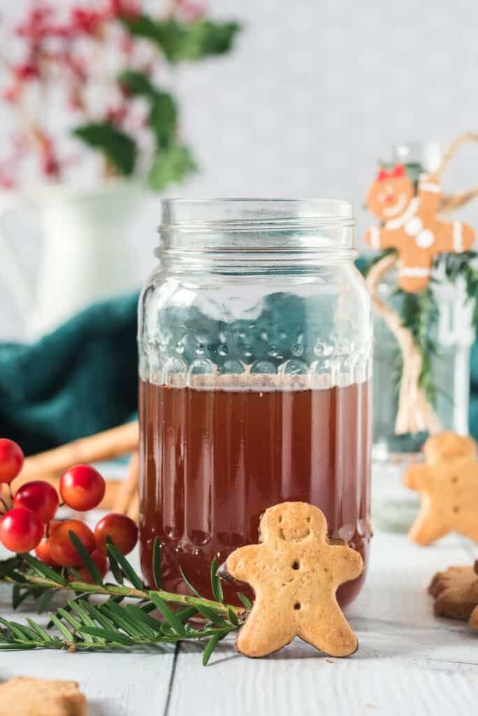 Gingerbread syrup in a jar.