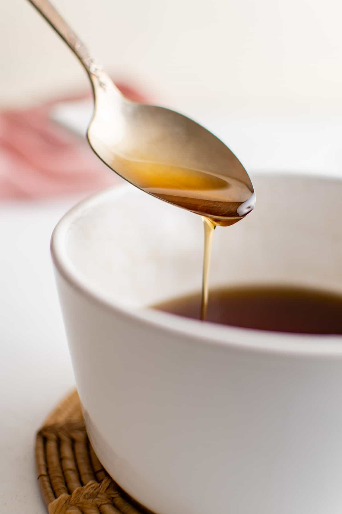 Syrup on a spoon to show thickness.